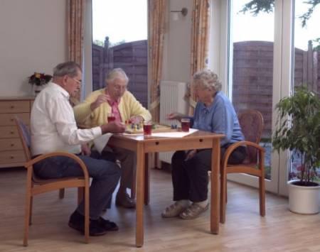pflegeheim-spaziergang_10_